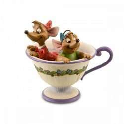 JAQ AND GUS IN TEA CUP F
